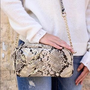 🌺 Coming Laci Quilted Crossbody Snake Gold Fleck